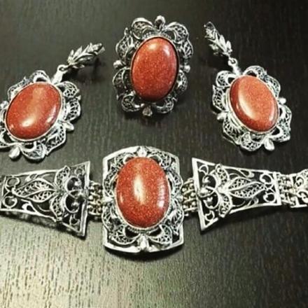серебро кольца женские камнями