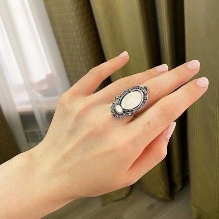 купить серебряное кольцо +с перламутром