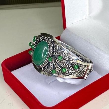 женские жесткие браслеты +из серебра