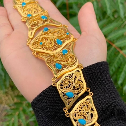 золотой браслет +с бирюзой