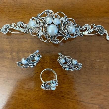 серебряный комплект +с натуральными камнями авито москва