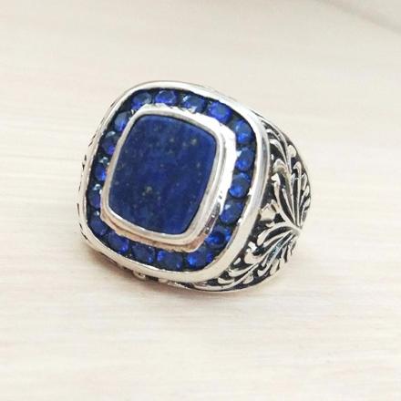 мужское кольцо +с синим камнем