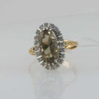 Кольцо из золота с раухтопазом и бриллиантами
