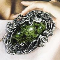 Крупные серебряные украшения +с камнями