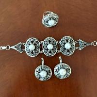 Великолепные серебряные  украшения с жемчугом ручной работы  весом 85 гр.  ! Только под заказ!  Срок изготовления- 10 дней.