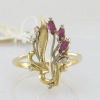 Кольцо золотое с рубинами и бриллиантами