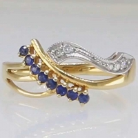 Золотое кольцо 585 с  бриллиантами и сапфирами