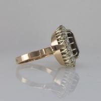 кольцо из золота с раухтопазом