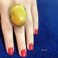 Серебряное кольцо с желтым агатом