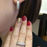 Комплект из серебра с мелкими камнями