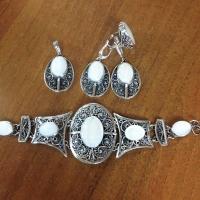 Комплект из серебра с перламутром