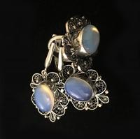 Комплект из серебра с лунным камнем