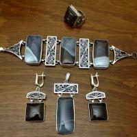 Украшения с агатом в серебре