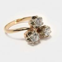 Кольцо  из золота 585  с 3 крупными   фианитами