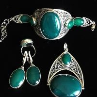 Серебряные украшения с хризопразом