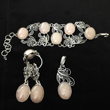 комплекты серебряных украшений +с камнями
