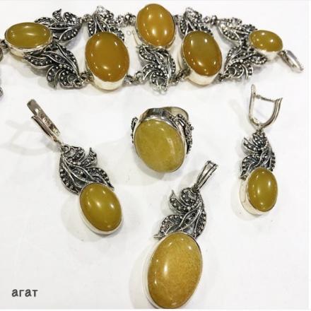 комплекты украшений +из натуральных камней