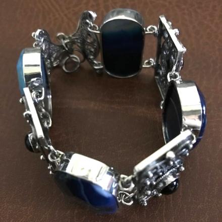 женский браслет синий