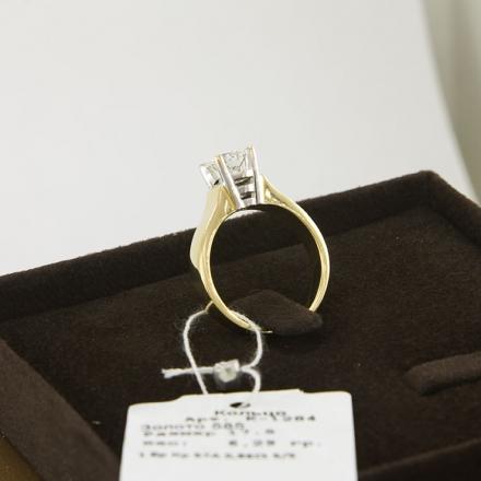 шикарное бриллиантовое кольцо