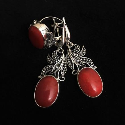 серебро +с красным камнем