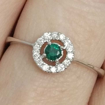 санлайт кольцо с изумрудом