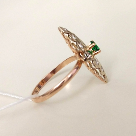 кольцо +с бриллиантом маркиз
