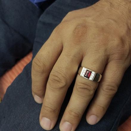 кольцо +с гранатом +и фианитами