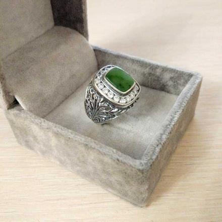 серебряное кольцо мужское +с зеленым камнем
