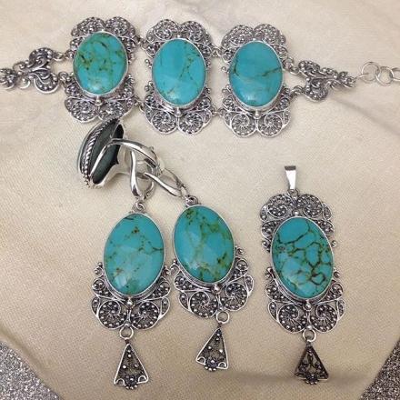 браслеты +из серебра +с натуральными камнями