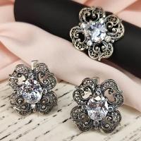 Серьги+ кольцо  с белым камнем