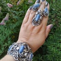 Комплект из серебра с кианитом