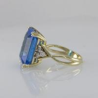 купить кольцо с голубым топазом