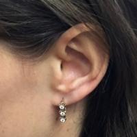 Классические серьги с бриллиантами