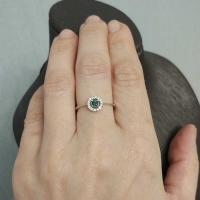 купить кольцо  с изумрудом  и бриллиантами