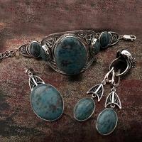 Серебро с крупными камнями