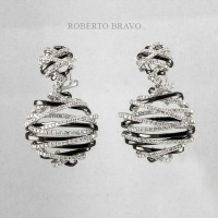 Серьги Roberto Bravo  из белого золота 750