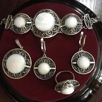 Перламутр в серебре