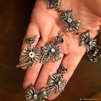 серебряные серьги бантики