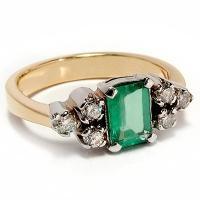 Кольцо из золота 750 с  бриллиантами и  изумрудом