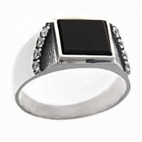 Кольцо из серебра 925 с агатом