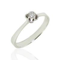 Кольцо  с маленьким бриллиантом