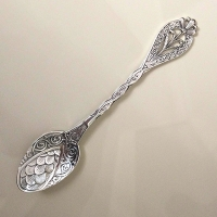 Серебряная  ложка  Подарочная